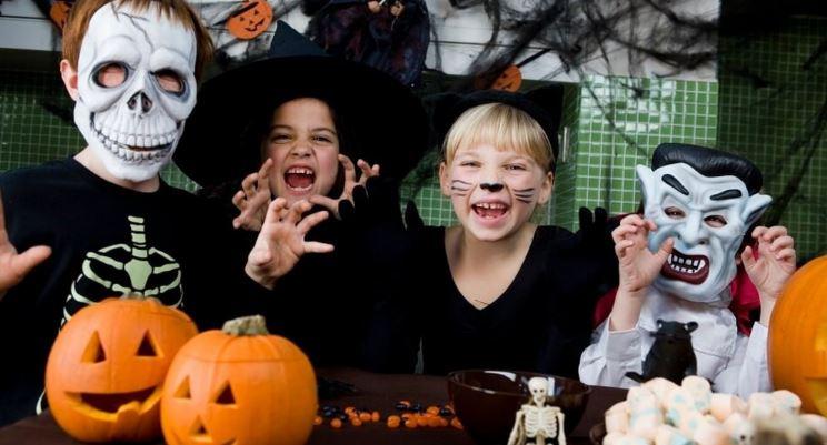 Участники Хэллоуина - Вечера всех святых