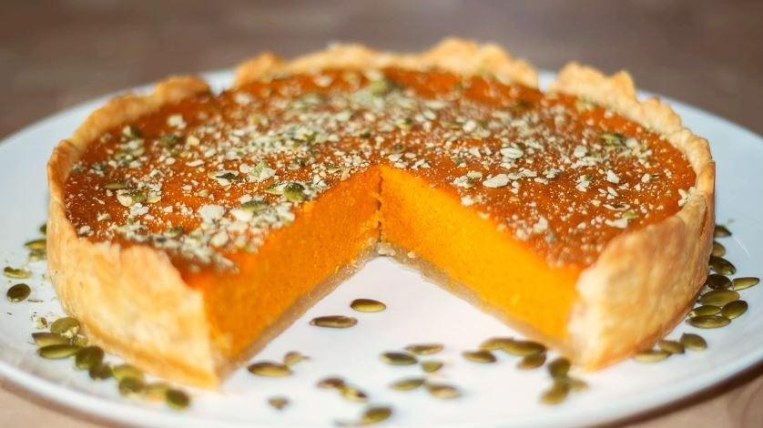 Тыквенный пирог 0 блюдо на Хэллоуин
