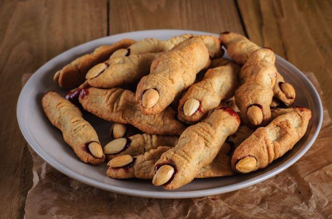 """Печенье """"Ведьмины пальцы"""" - блюдо на Хэллоуин"""