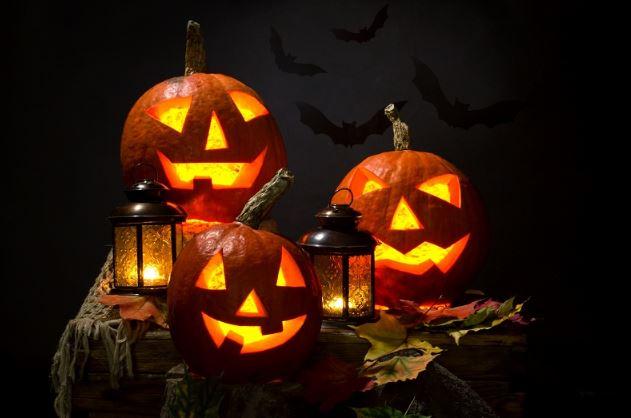 Светильники из тыквы на Хэллоуин