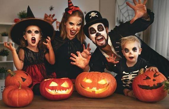 Празднование Хэллоуина дома