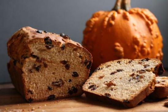 Бармбрэк - сладкий дрожжевой хлеб