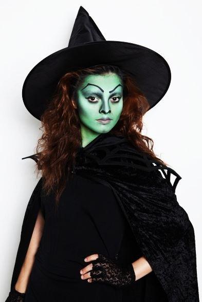 Образ ведьмы на Хэллоуин