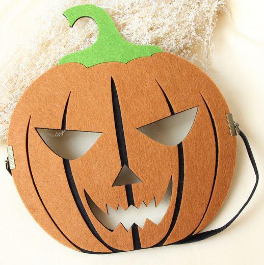 Маска тыквы из картона и бумаги на Хэллоуин