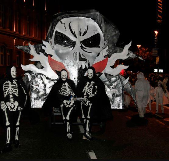 Карнавал на Хэллоуин