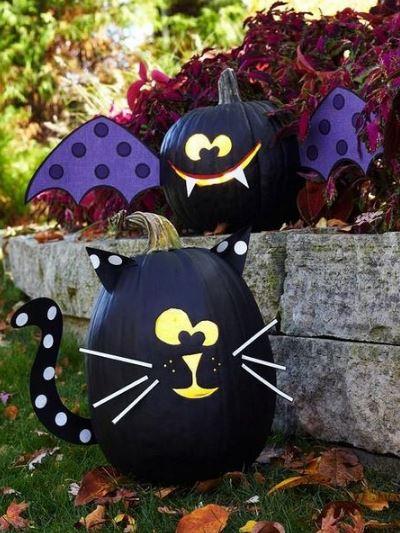 Чёрный кот и летучая мышь из тыквы
